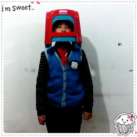 金东浩一首小红帽送给大家照片