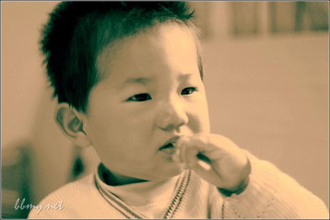 金东浩棒棒糖照片