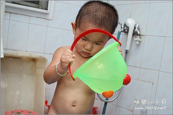 金东浩洗澡照片