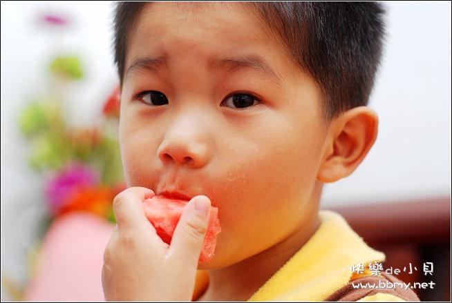 金东浩吃西瓜啦日记照片