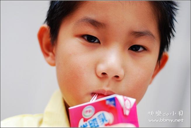 金东浩奶油小生优酸乳照片