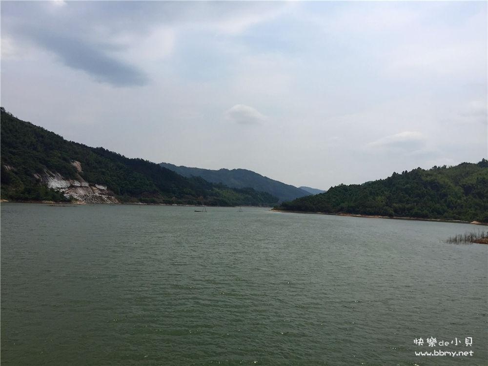 金东浩游玩将军湖照片