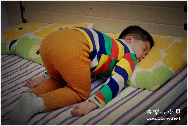 金东浩最爱睡姿日记照片